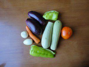 Приготовление овощного рагу с баклажанами