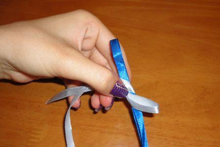 Плетение фенечек из двух ленточек - Делаем фенечки своими руками.