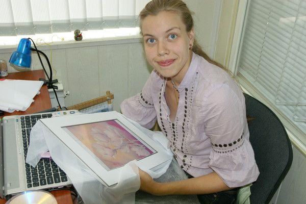 Татьяна Сланковская за работой