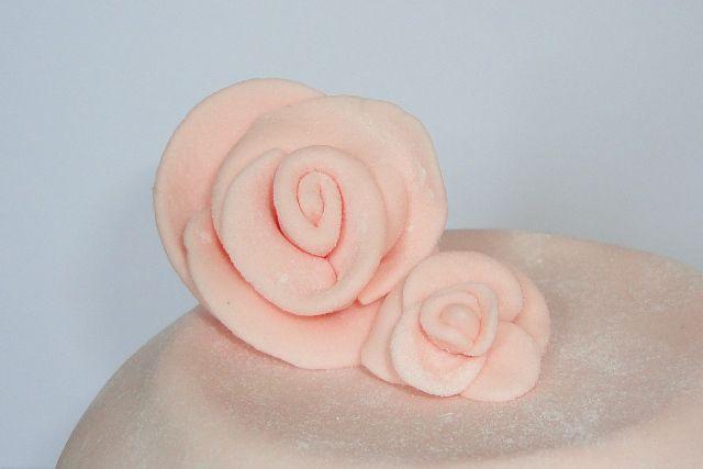 розочки из мастики для торта