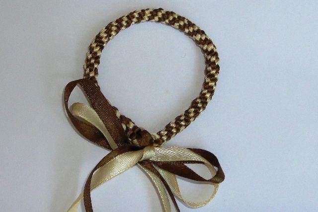 Плетение фенечек из двух атласных лент.  - YouTube.