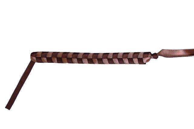 Простая фенечка из атласных лент - Делаем фенечки своими руками.