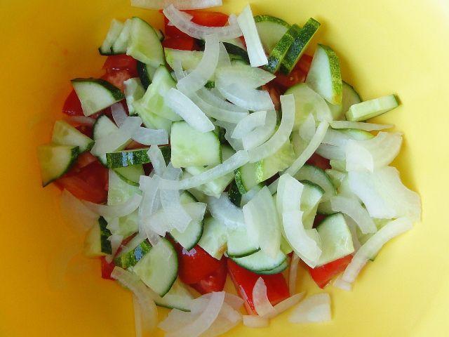 Салат цезарь с капустой 4