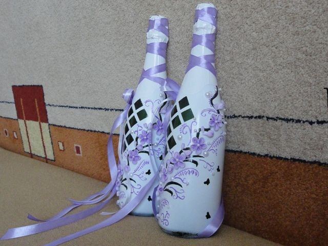 Свадебное шампанское со стороны бабочек