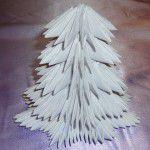 Елка из бумаги в технике модульного оригами