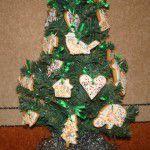 Рождественское печенье на елке