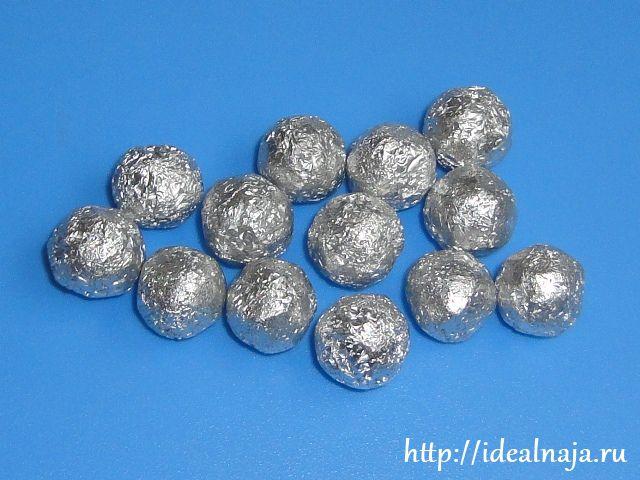 Бусины из алюминиевой фольги
