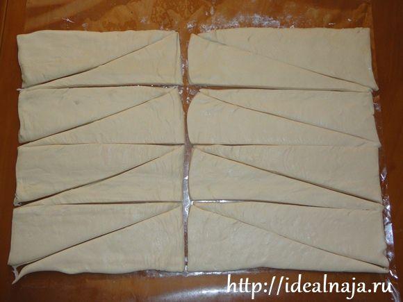 Режем тесто на треугольники