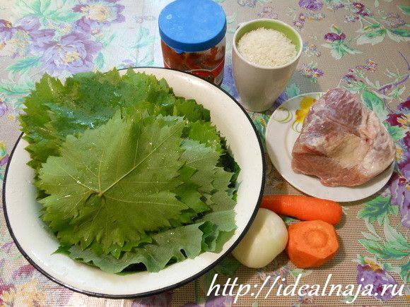 Ингредиенты для голубцов из виноградных листьев